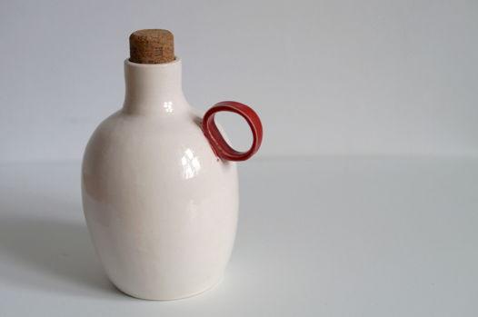 Керамическая бутылочка ручной работы