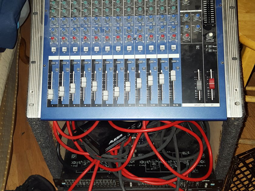 Yamaha Mg16 10 Stereo equipment