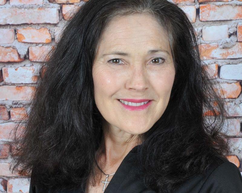 Jacqueline Sanchez , Floater