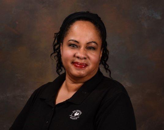 Mrs. Lisa Taylor , Chef