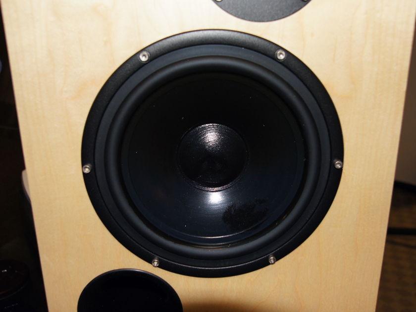 Sonics by Joachim Gerhard Arkadia Book Shelf/Stand mounted speaker