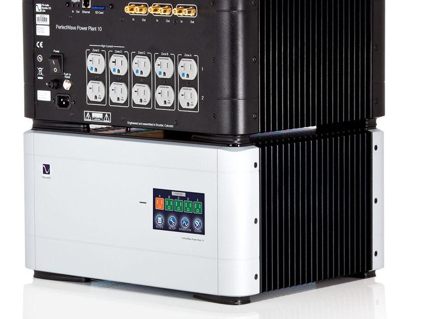 PS Audio P-10  Black Power Plant-Superb