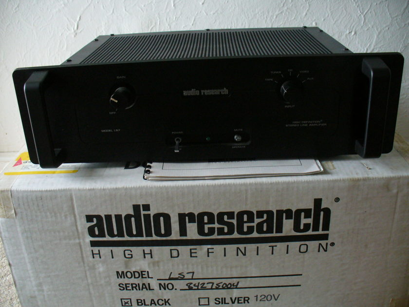 Audio Research  LS-7 Preamp