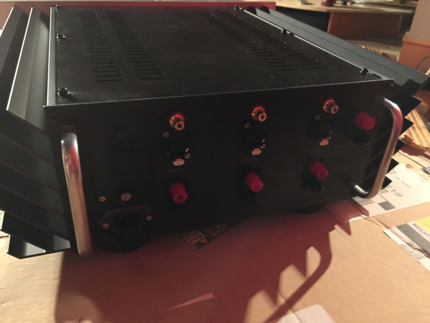PASS LABS X-3 three channel power amplifier