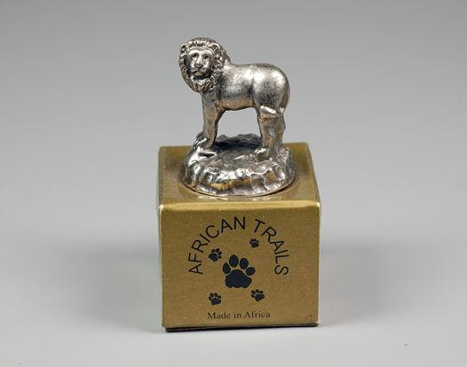 Сувенирная бутылочная пробка со львом