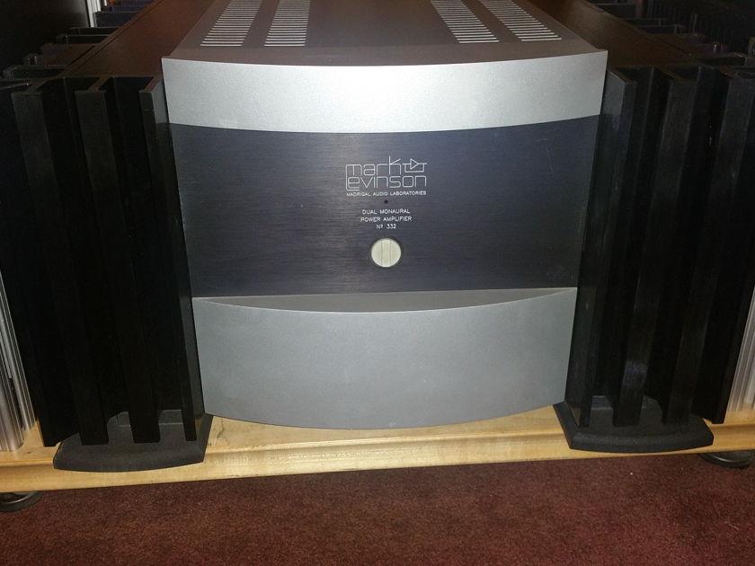 Mark Levinson No 332 Amplifier
