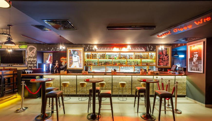 Maxx Music Bar image