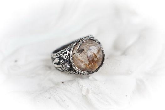 """ГОТОВОЕ Необыкновенное серебряное кольцо """"Сешат"""" с кварцем-волосатиком"""