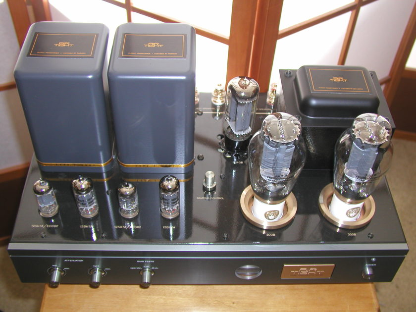 Air Tight ATM-300 , 300B  Amplifier , Only 3 years old