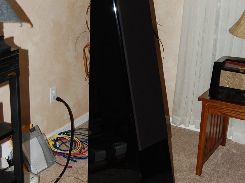 Reference 3A  Grand Veena Loudspeakers Piano Black