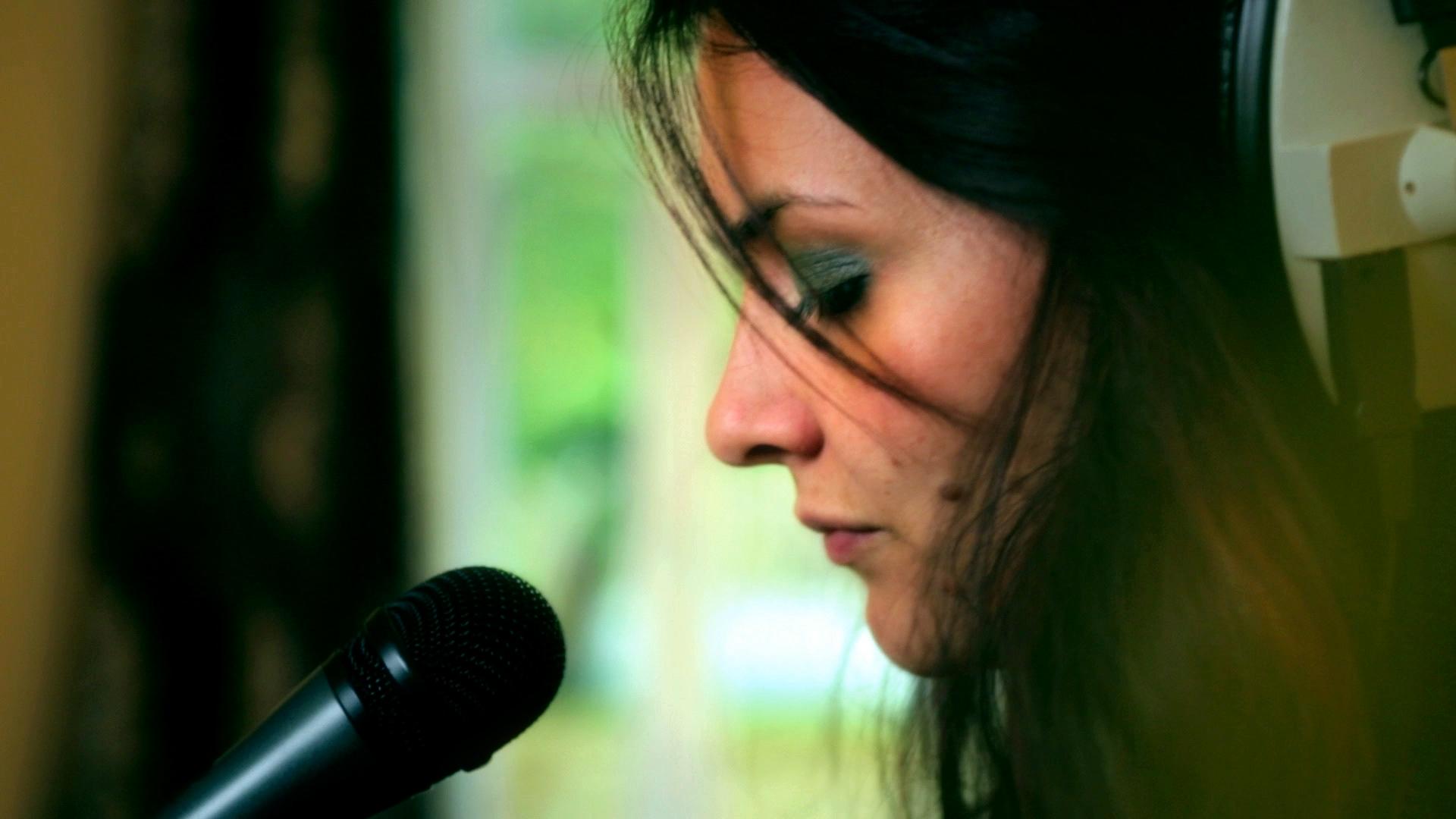 Melissa Cross.jpg