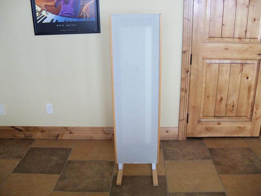 Magnepan MMG Speaker
