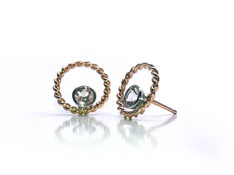 yellow gold twisted earrings with diamond