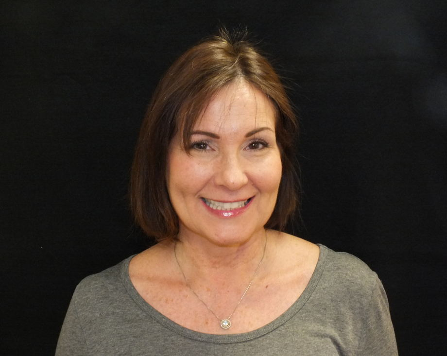 Mrs. de Castro , Assistant Director