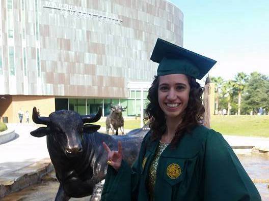 RENTERS BAY: USF College of Business Gown