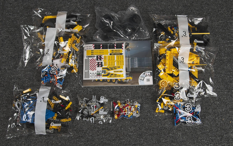 lego 42108 inside box