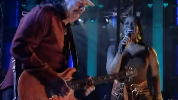 Carlos Santana has a guitar sound, that you recognize instantly.