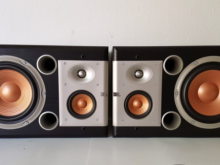 JBL S38 Studio Series Monitors 3 Way Speakers Excellent